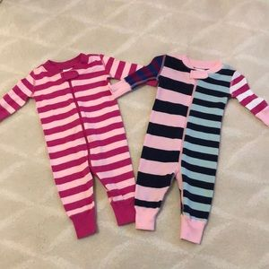 2 Hanna Andersson pajamas size 0-3 months EUC